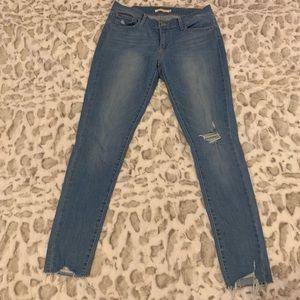 Levi's brand skinny crop jeans